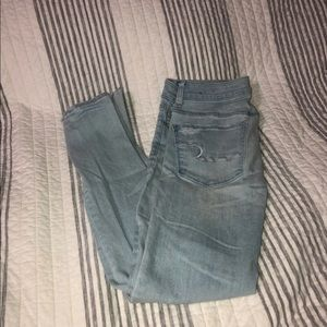 Size 6 distressed skinny jeans